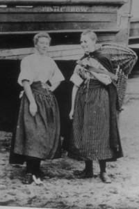 Two Fisherrow fishwives at the foot of Bush Street. 1904. Musselburgh Museum Committee