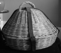 curling basket for stone with handle