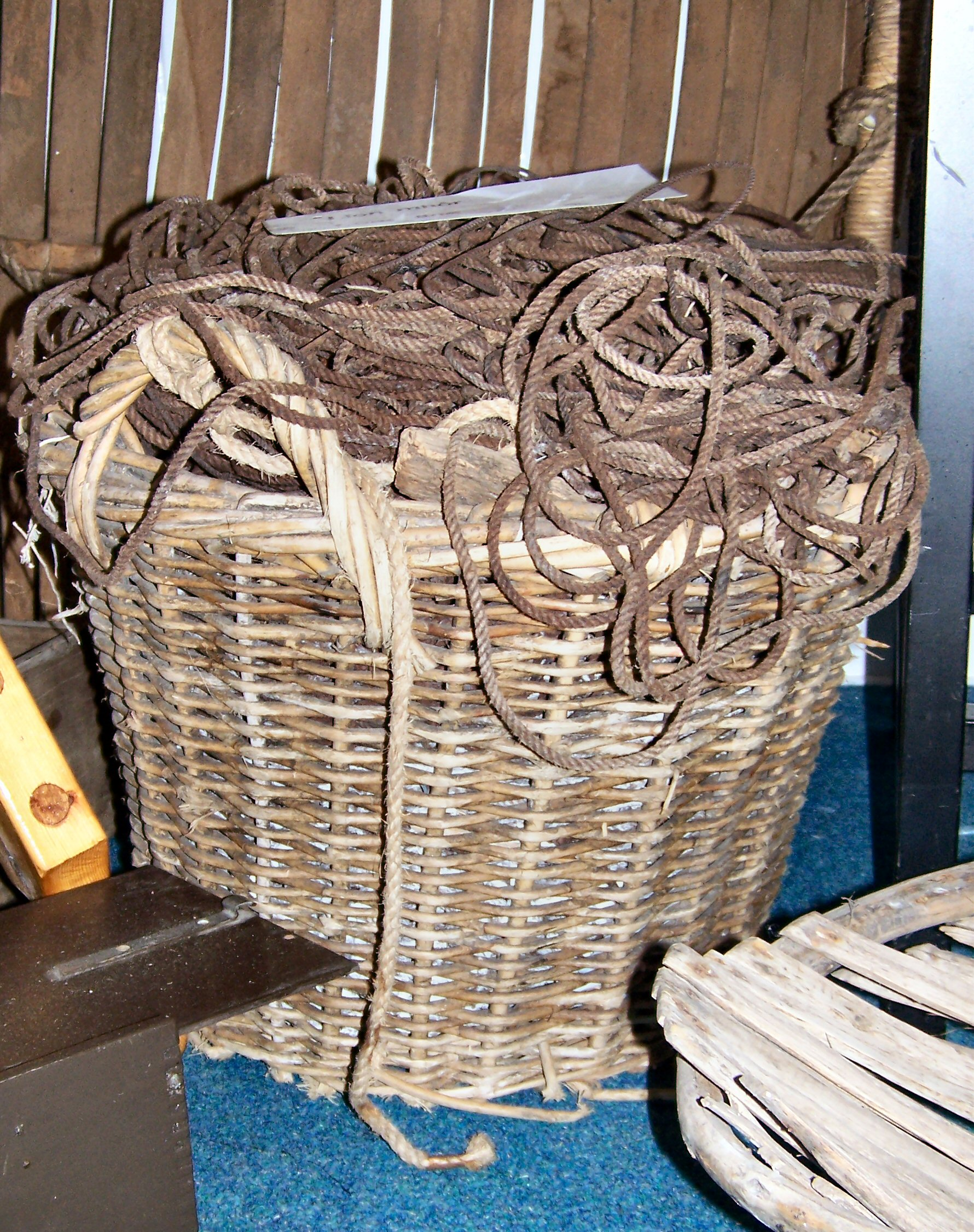 Great Line Basket with cork. Ness, Lewis